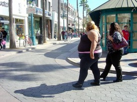 700 Pound Woman http://www.mopo.ca/2010/07/600-pound-woman-wants-to-gain-weight/